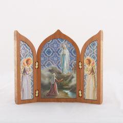 Aranyozott szárnyas oltár Lourdes-i Szűzanya szentképpel
