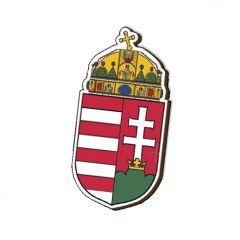 Formára vágott fa hűtőmágnes, magyar címeres