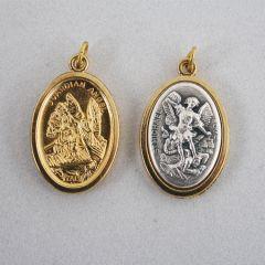 Aranyozott érem eztüst betéttel (Szent Mihály és Őrangyal)